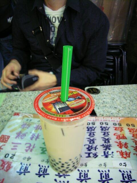 台湾タピオカ入りの紅茶や、かき氷