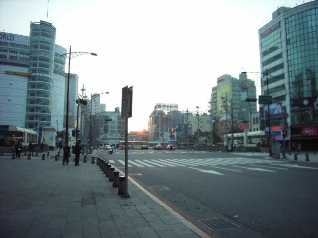 台北市内の日の出